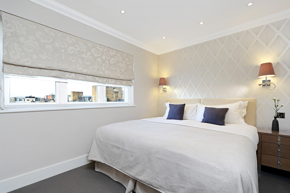 501 Ashburn Suite- bedroom 1.jpg