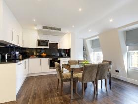 501 Ashburn Suite- Kitchen1.jpg