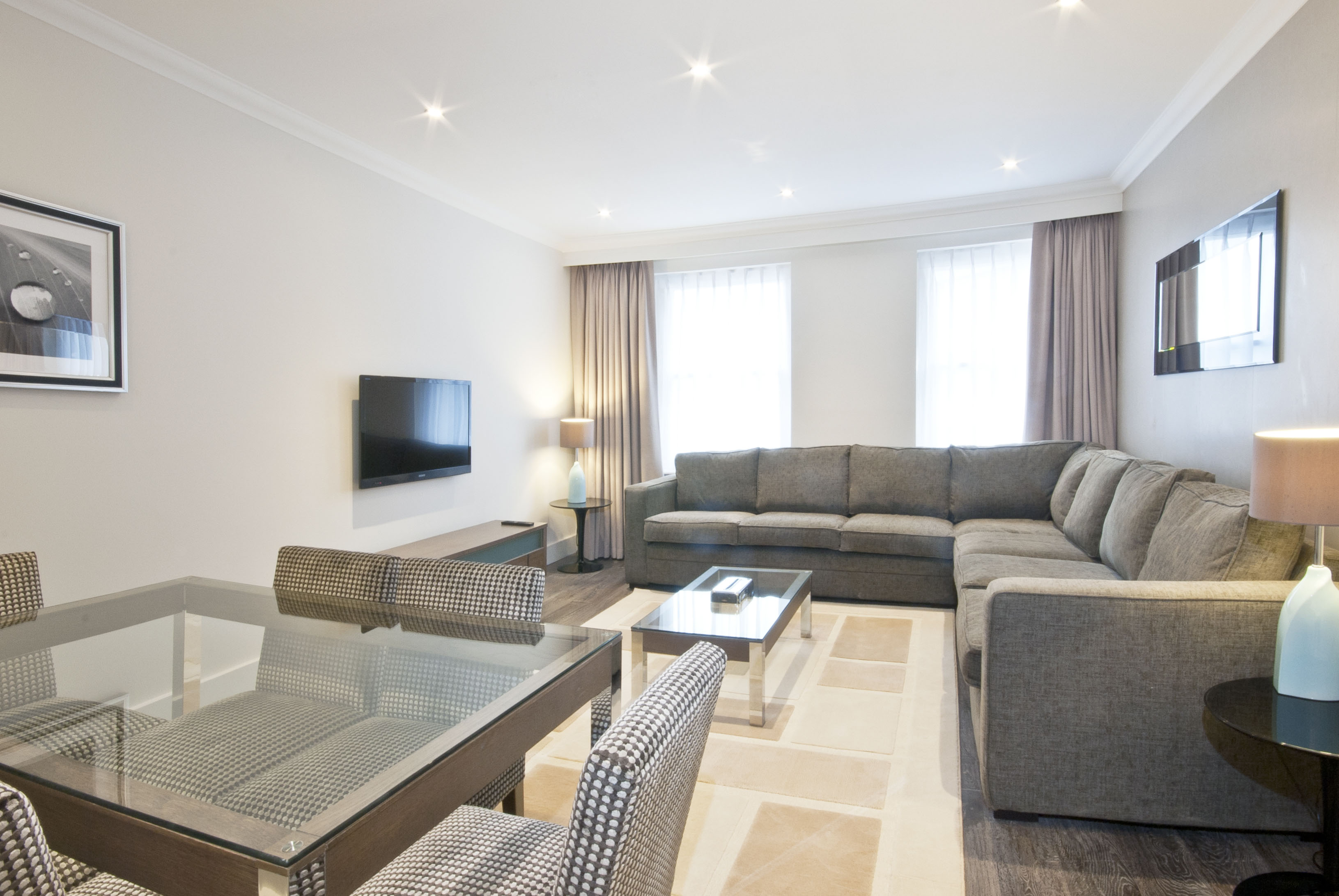 401 - two bedroom - Deluxe - Living - dinning room .jpg