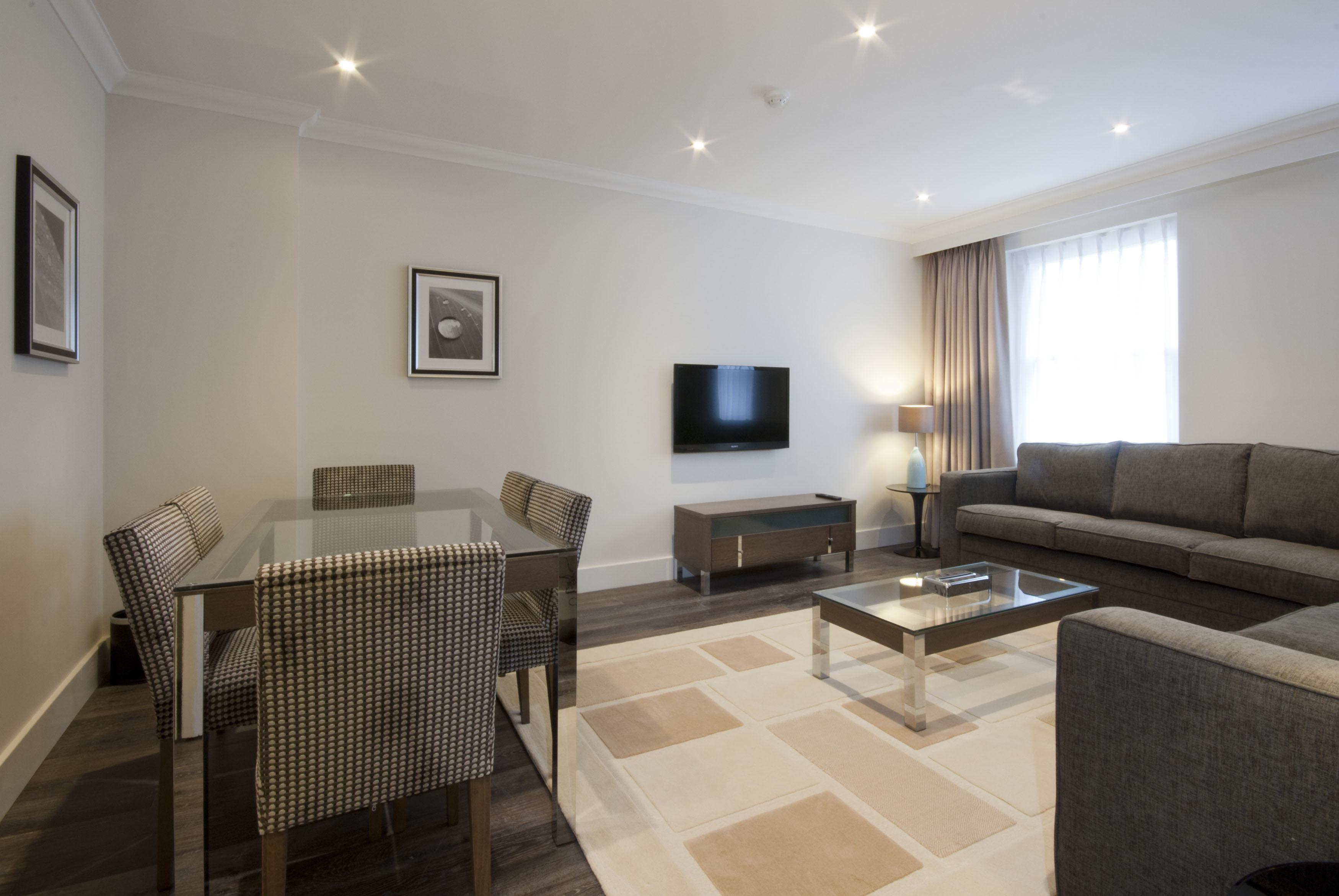 401 - two bedroom - Deluxe - living - dinning room 2.jpg